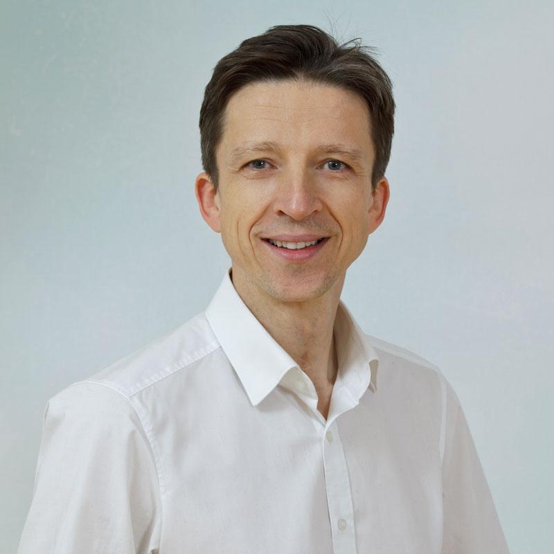 Dr. med. Mustafa Bačinović